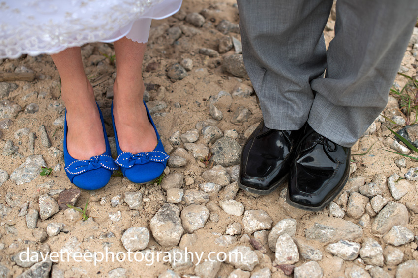 detroitlionsinspiredweddingsaginawmichiganweddingphotographers39