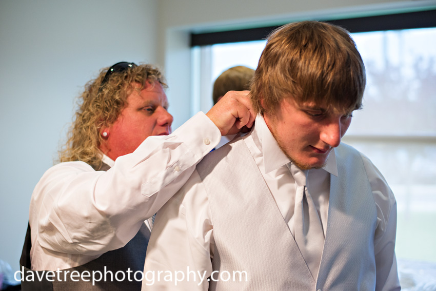 detroitlionsinspiredweddingsaginawmichiganweddingphotographers52
