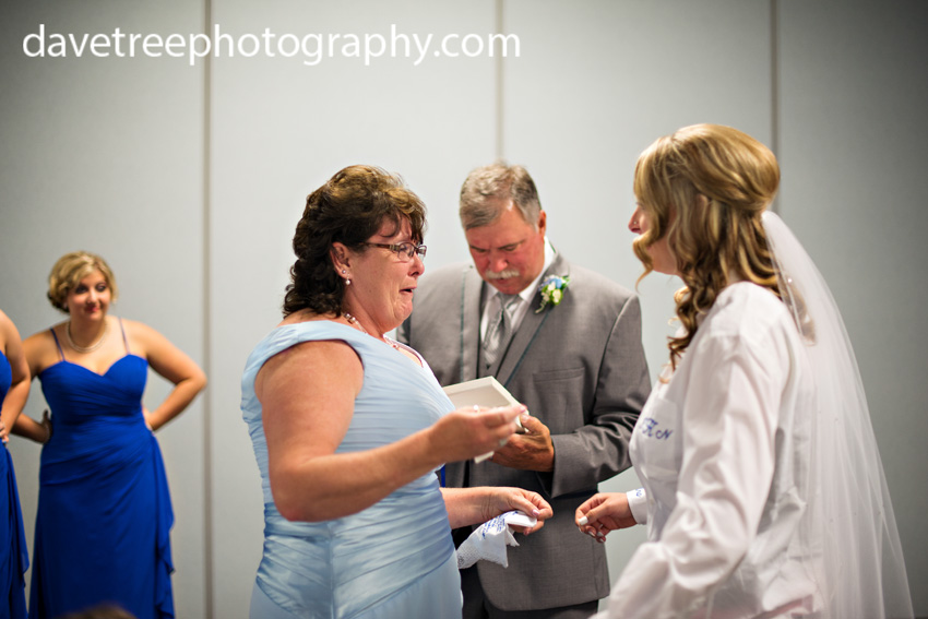 detroitlionsinspiredweddingsaginawmichiganweddingphotographers66