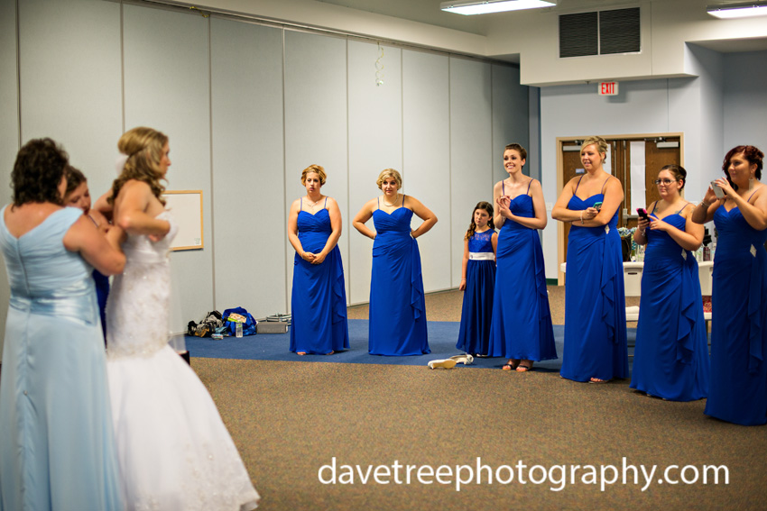 detroitlionsinspiredweddingsaginawmichiganweddingphotographers72