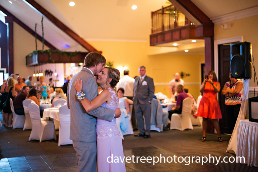 detroitlionsinspiredweddingsaginawmichiganweddingphotographers88