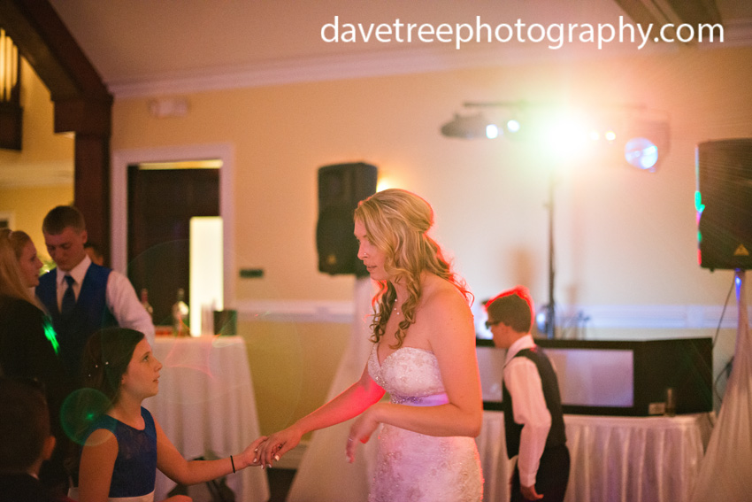 detroitlionsinspiredweddingsaginawmichiganweddingphotographers90