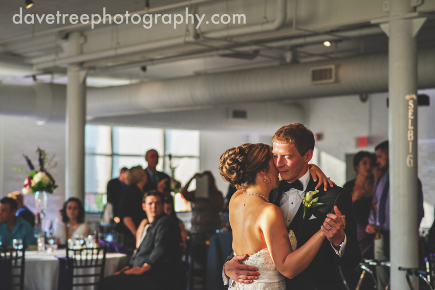 loft_310_wedding_kalamazoo_wedding_photographers_16