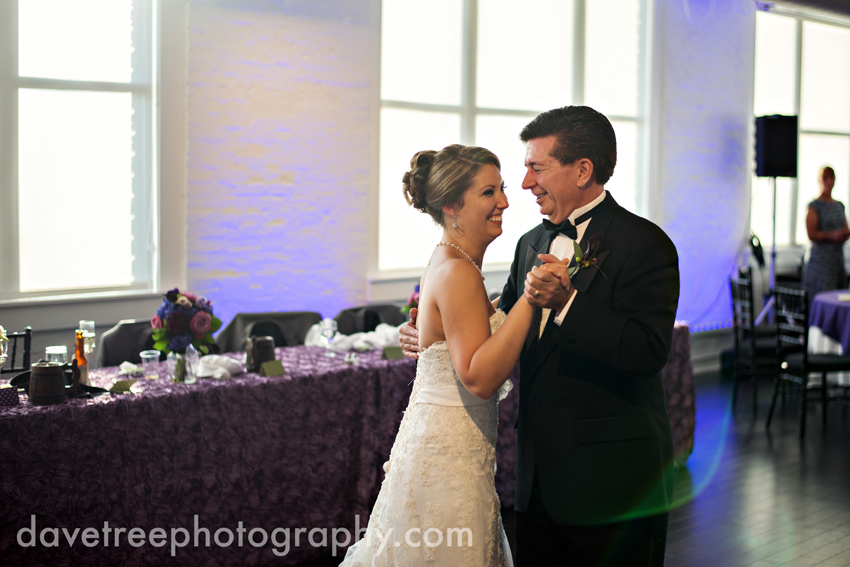 loft_310_wedding_kalamazoo_wedding_photographers_23