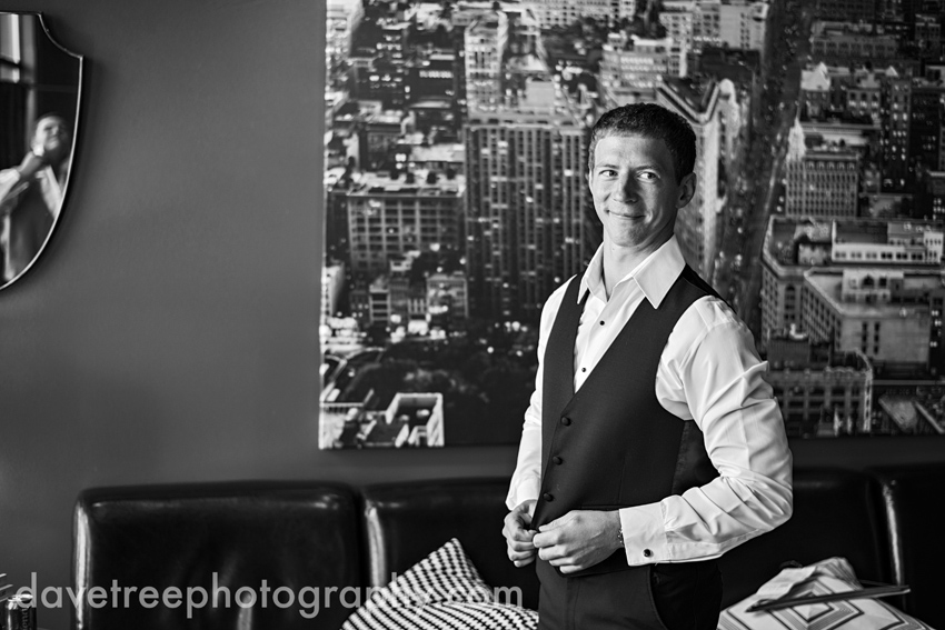 loft_310_wedding_kalamazoo_wedding_photographers_29