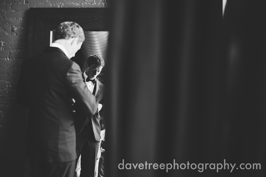loft_310_wedding_kalamazoo_wedding_photographers_30