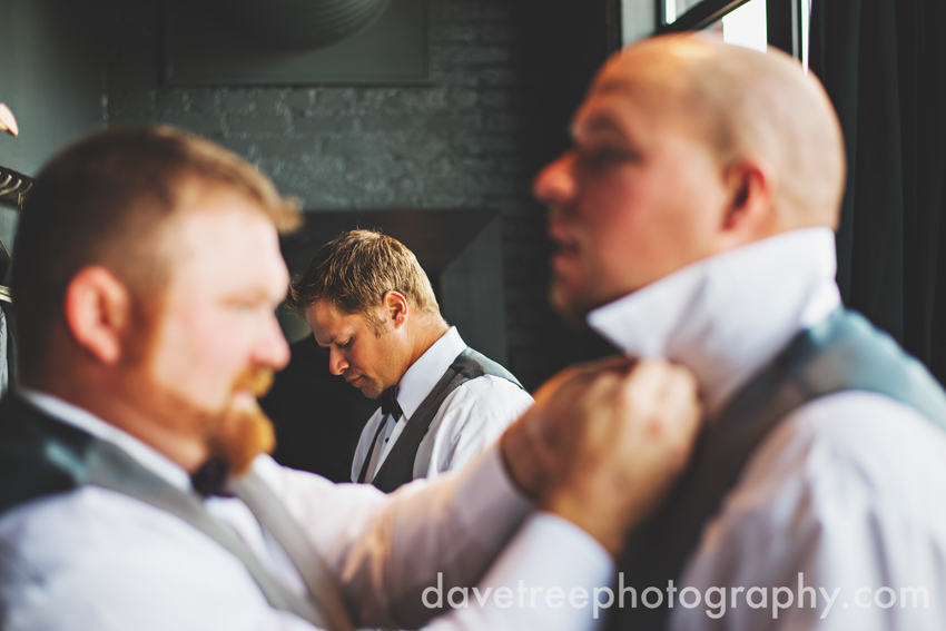 loft_310_wedding_kalamazoo_wedding_photographers_31