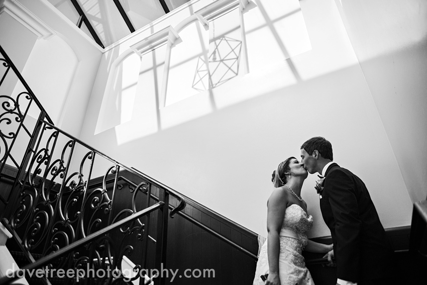 loft_310_wedding_kalamazoo_wedding_photographers_82
