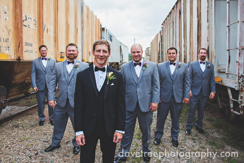 loft_310_wedding_kalamazoo_wedding_photographers_89