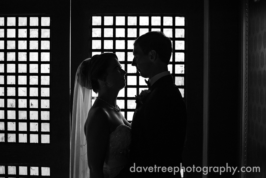 loft_310_wedding_kalamazoo_wedding_photographers_92