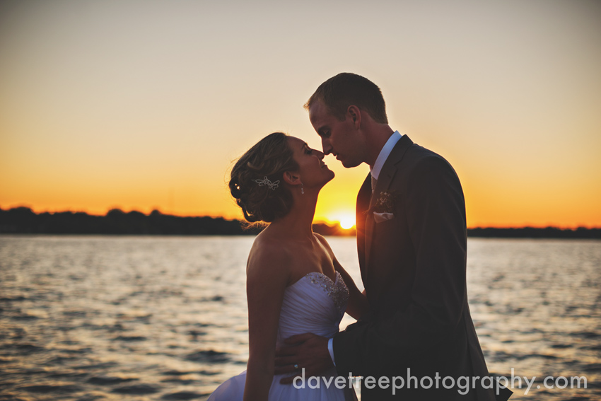 bay_pointe_inn_wedding_photographers_destination_wedding_photographers_03