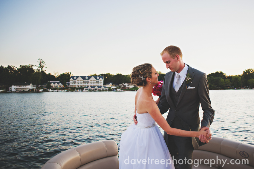 bay_pointe_inn_wedding_photographers_destination_wedding_photographers_04