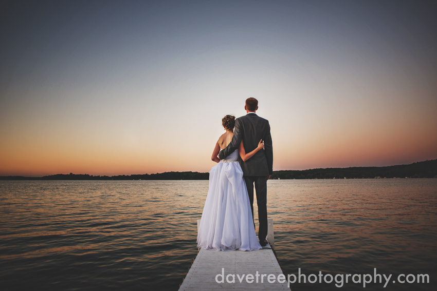 bay_pointe_inn_wedding_photographers_destination_wedding_photographers_05