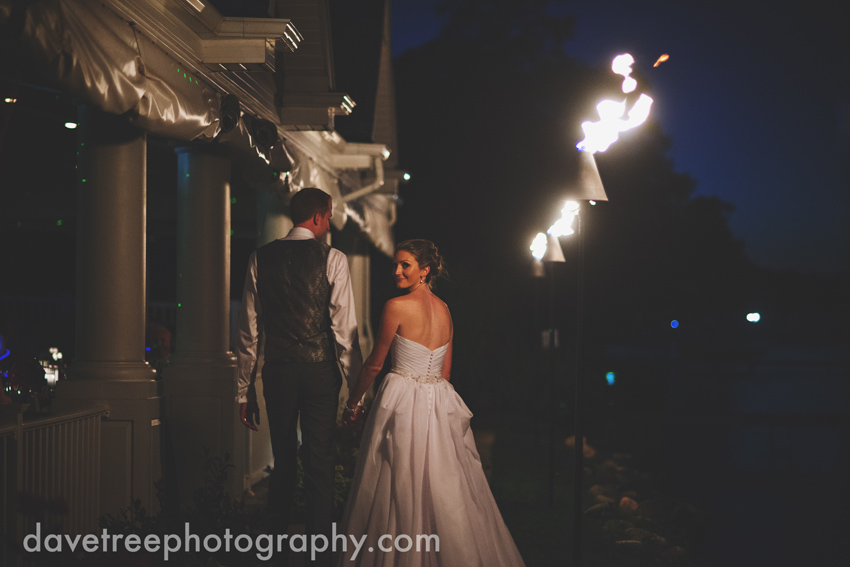 bay_pointe_inn_wedding_photographers_destination_wedding_photographers_28