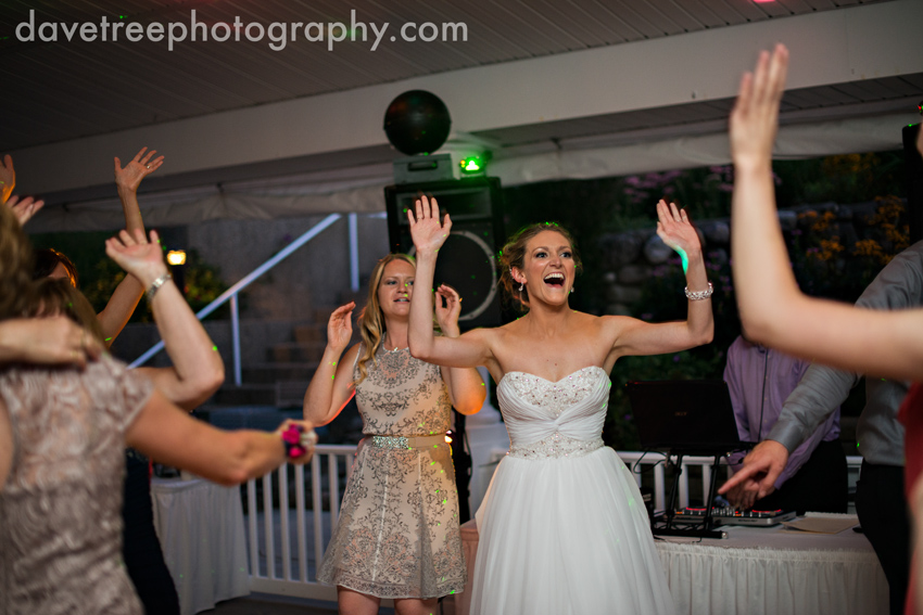bay_pointe_inn_wedding_photographers_destination_wedding_photographers_73