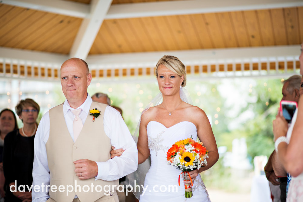 lake_michigan_wedding_photographer_st_joseph_13.jpg