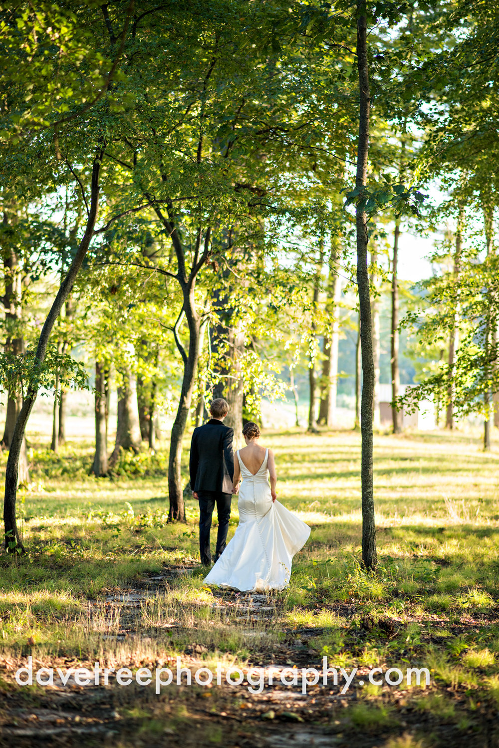 northern_michigan_wedding_photographer_grand_haven_wedding_photographer_23.jpg