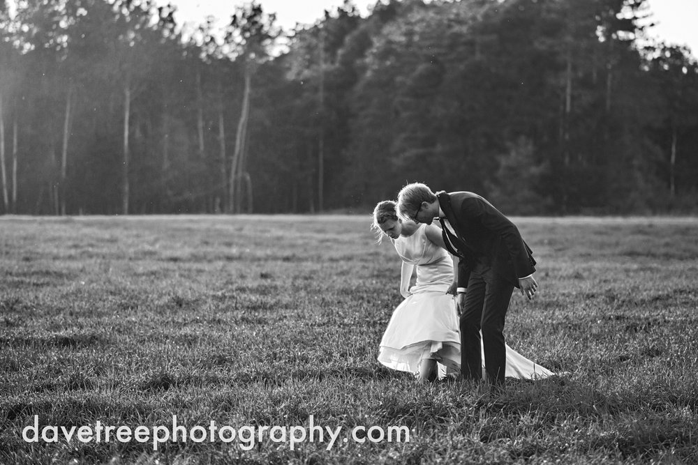 northern_michigan_wedding_photographer_grand_haven_wedding_photographer_30.jpg