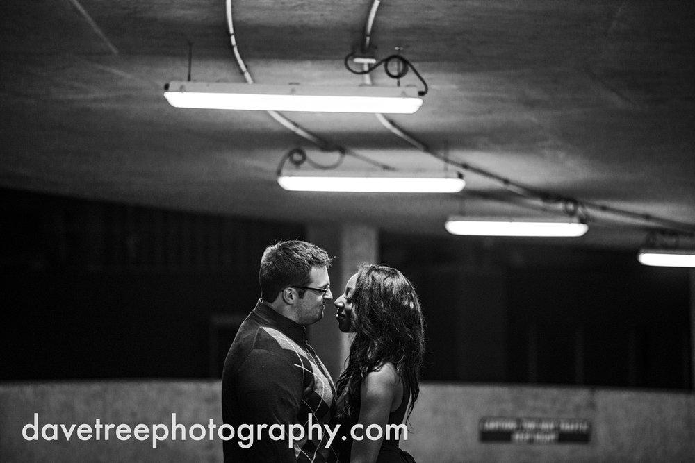 kalamazoo_wedding_photographer_kalamazoo_engagement_photographer_20.jpg