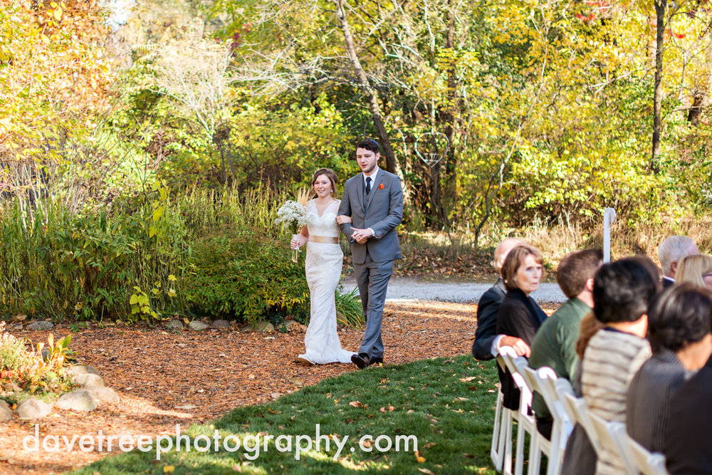 benton_harbor_wedding_photographer_blue_dress_barn_17.jpg