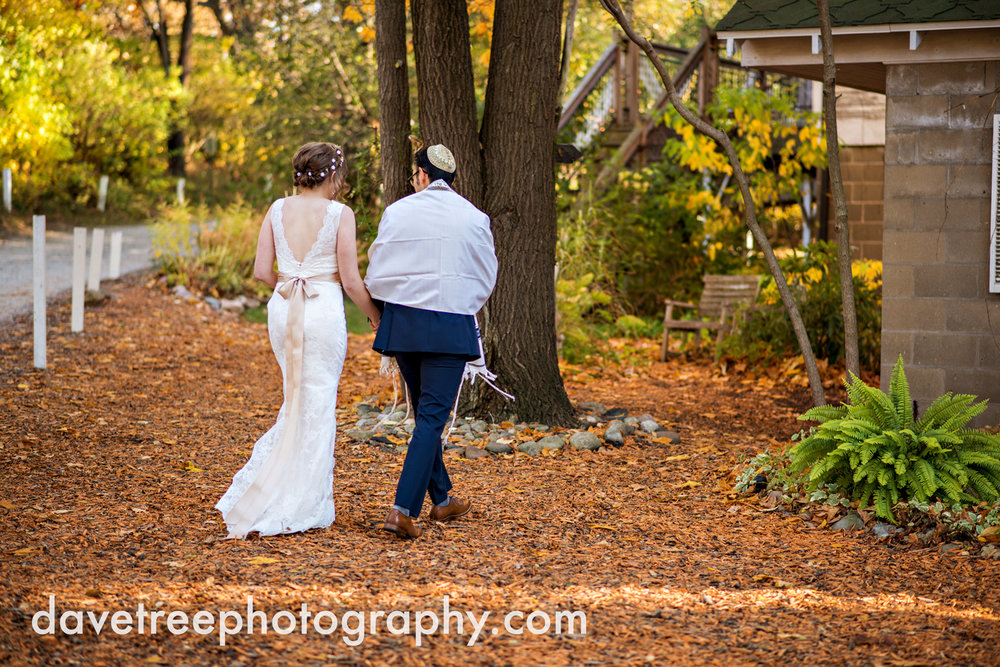 benton_harbor_wedding_photographer_blue_dress_barn_42.jpg