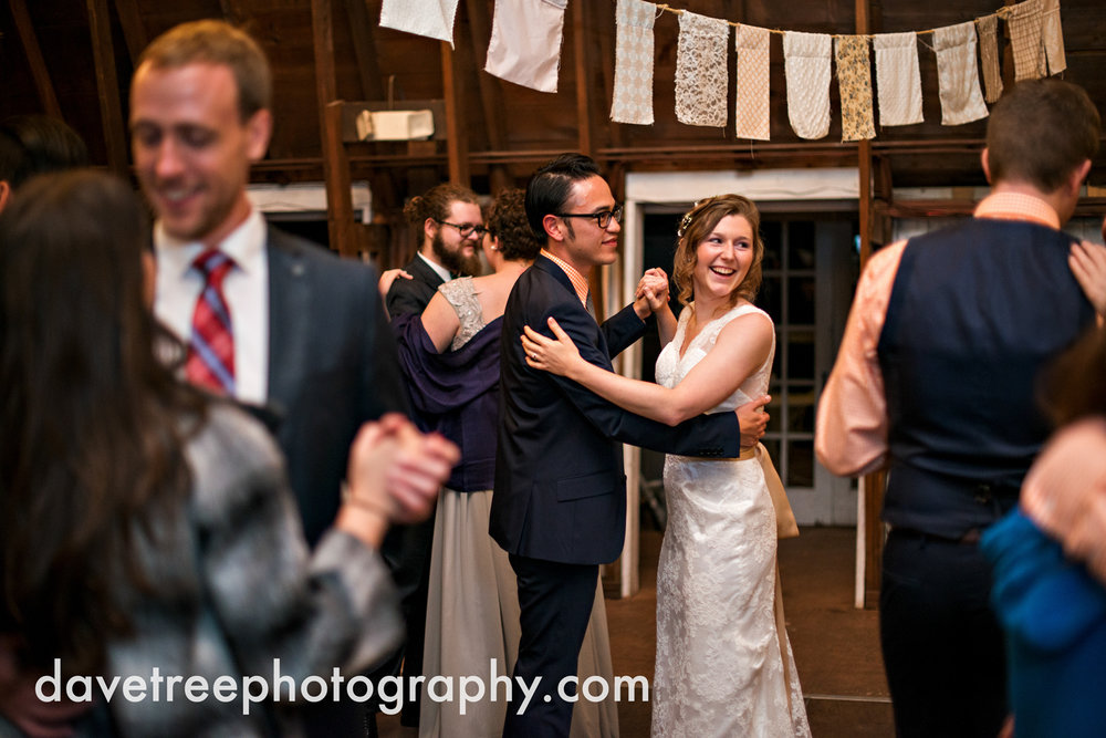 benton_harbor_wedding_photographer_blue_dress_barn_43.jpg