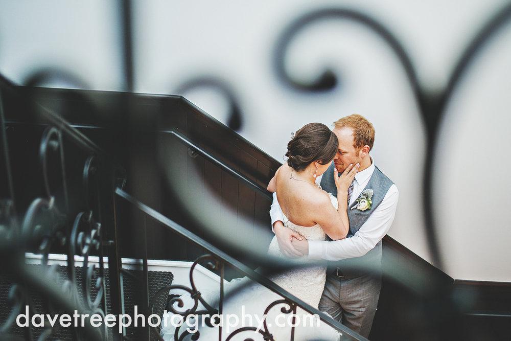 loft310_wedding_photographer_kalamazoo_wedding_photographer_316.jpg