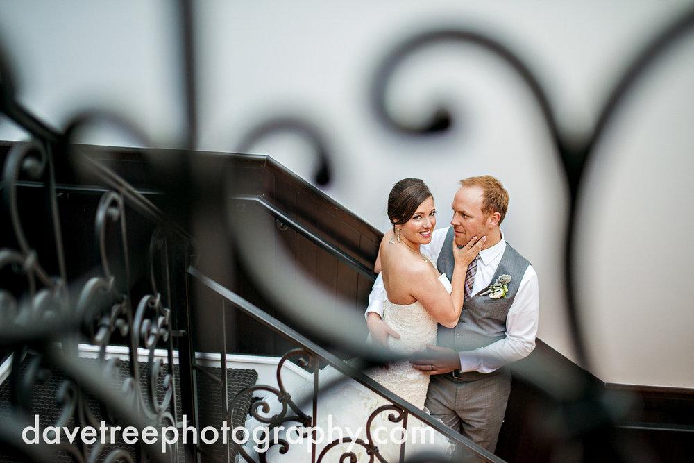 loft310_wedding_photographer_kalamazoo_wedding_photographer_317.jpg