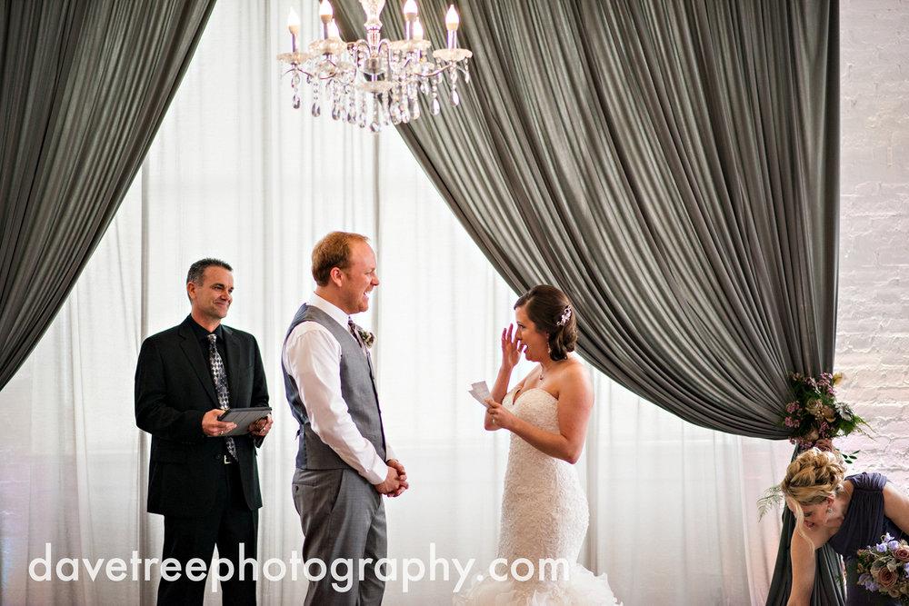 loft310_wedding_photographer_kalamazoo_wedding_photographer_328.jpg