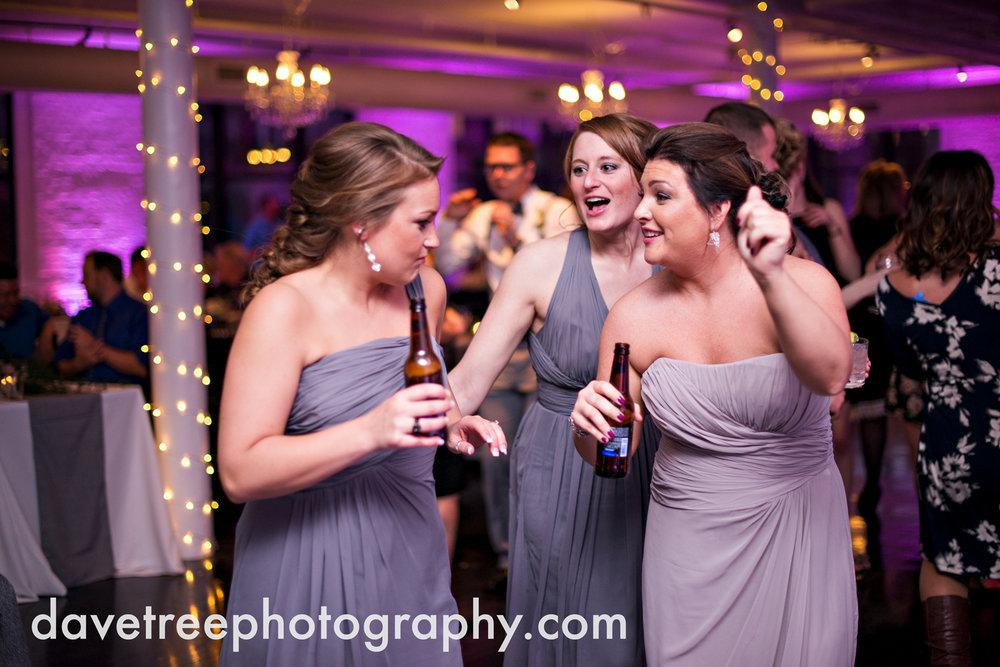 loft310_wedding_photographer_kalamazoo_wedding_photographer_370.jpg