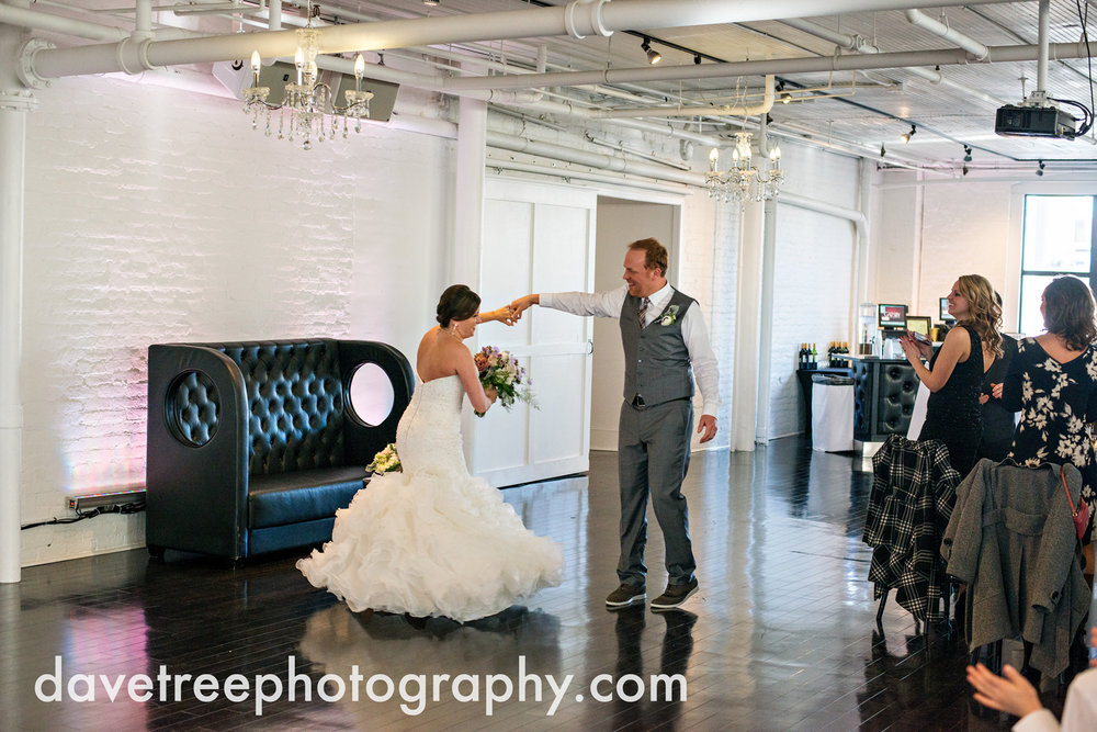 loft310_wedding_photographer_kalamazoo_wedding_photographer_380.jpg