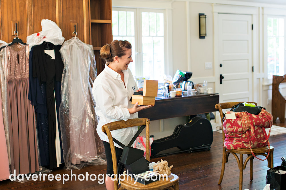 michigan_vineyard_wedding_photographer_davetree_photography_402.jpg