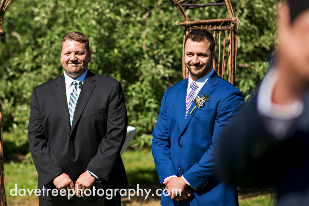 michigan_vineyard_wedding_photographer_davetree_photography_359.jpg