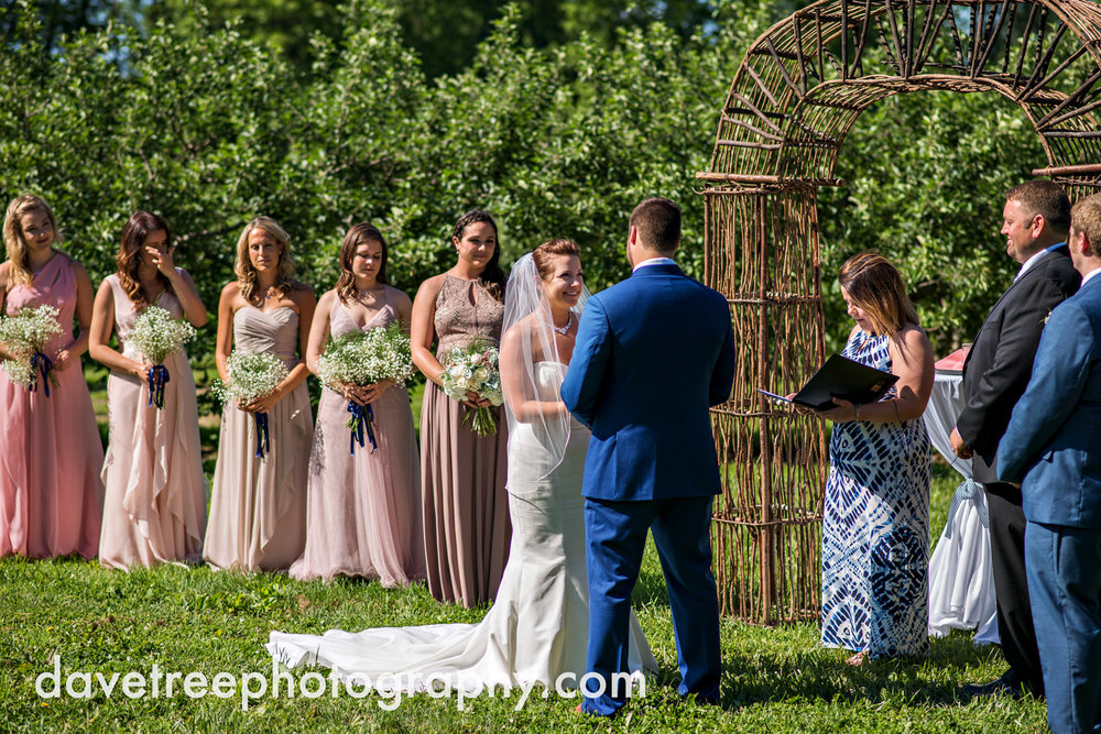 michigan_vineyard_wedding_photographer_davetree_photography_362.jpg