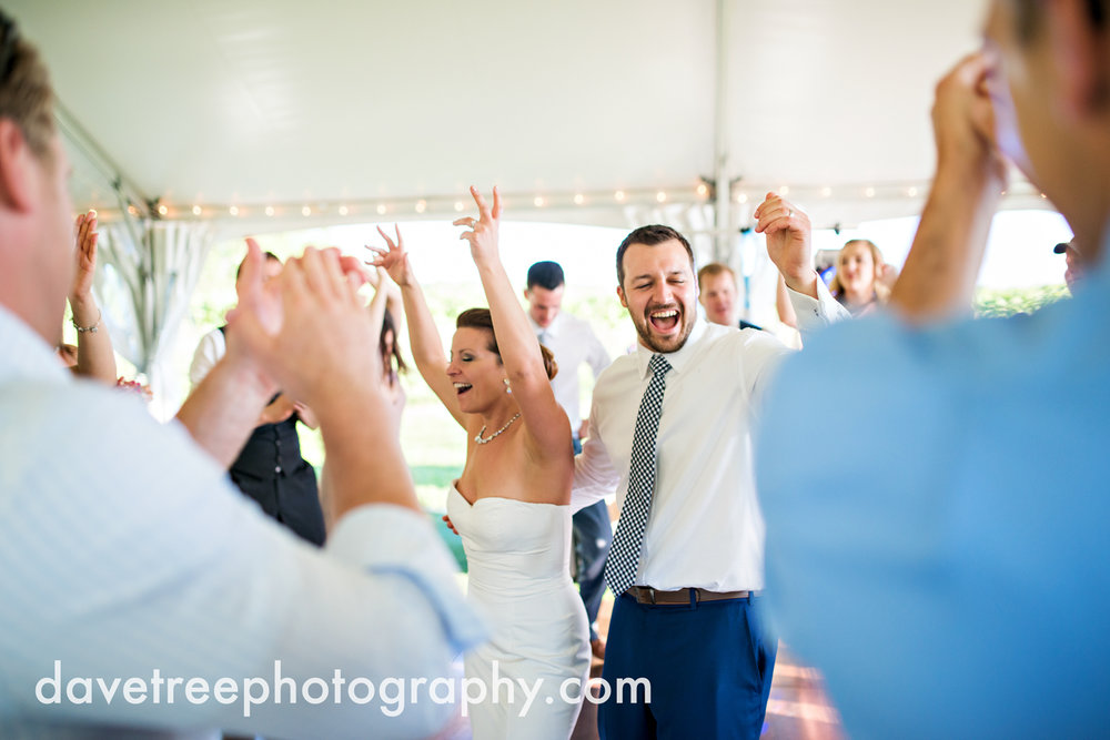 michigan_vineyard_wedding_photographer_davetree_photography_374.jpg