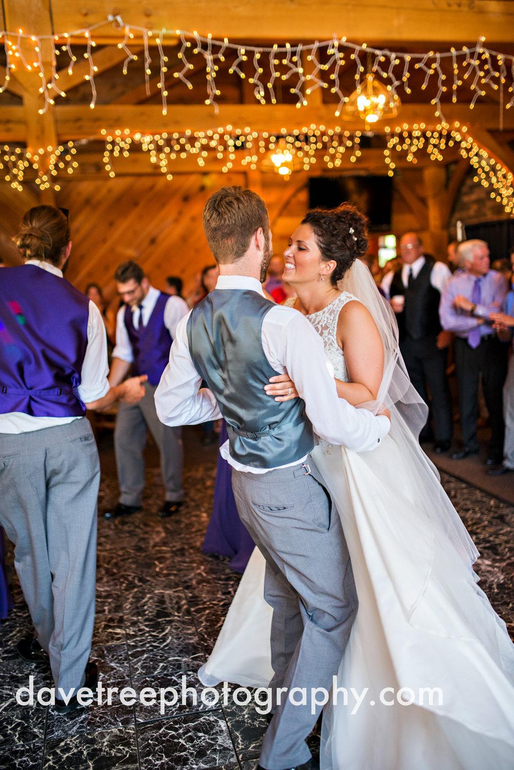 brooklyn_wedding_photographer_brooklyn_michigan_16.jpg