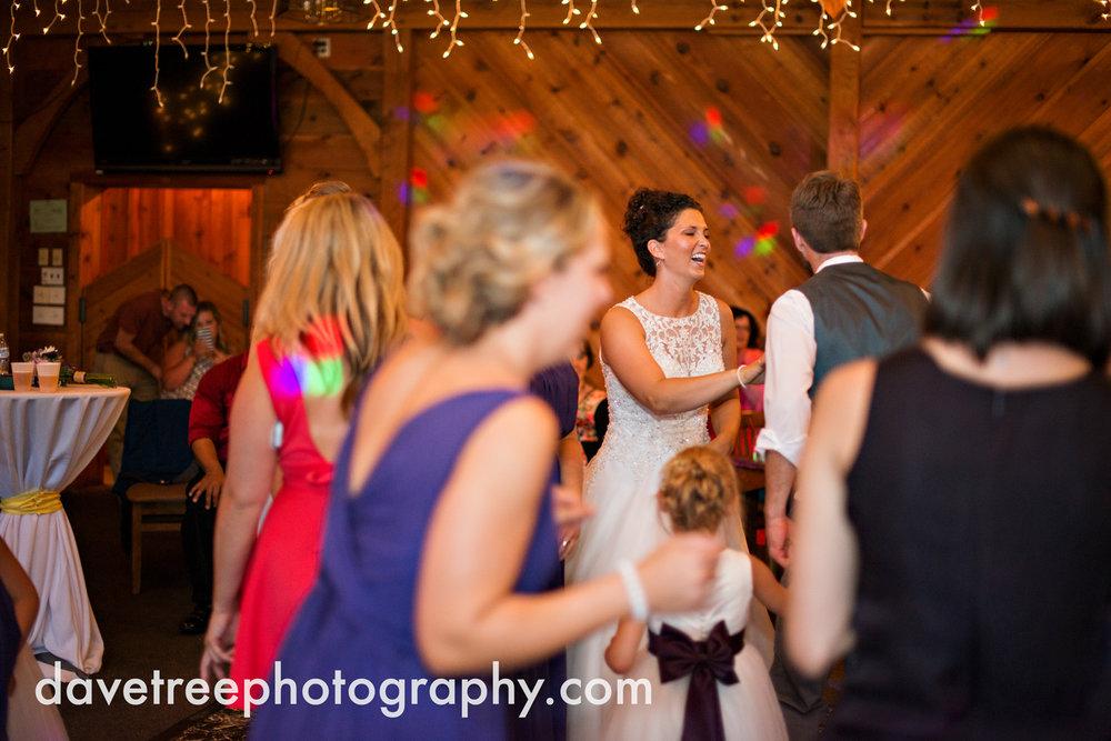 brooklyn_wedding_photographer_brooklyn_michigan_31.jpg