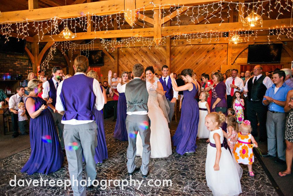 brooklyn_wedding_photographer_brooklyn_michigan_40.jpg