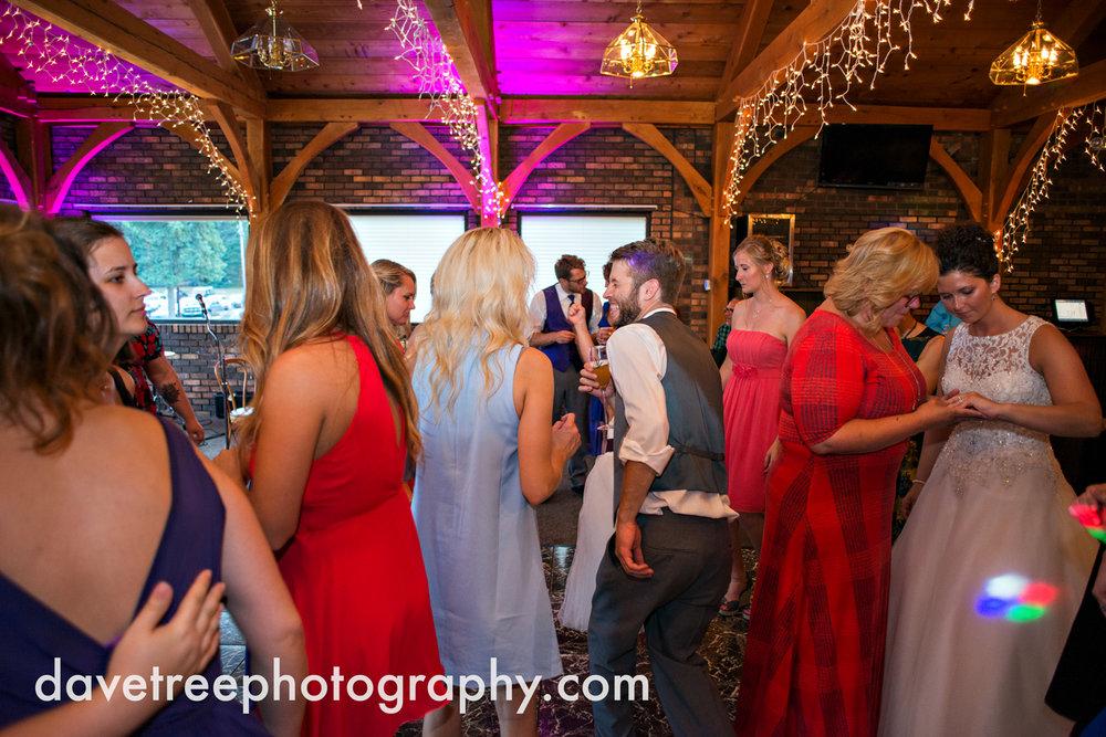 brooklyn_wedding_photographer_brooklyn_michigan_42.jpg