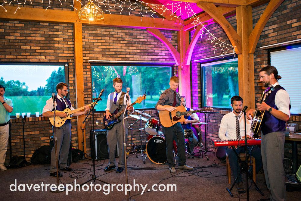 brooklyn_wedding_photographer_brooklyn_michigan_81.jpg