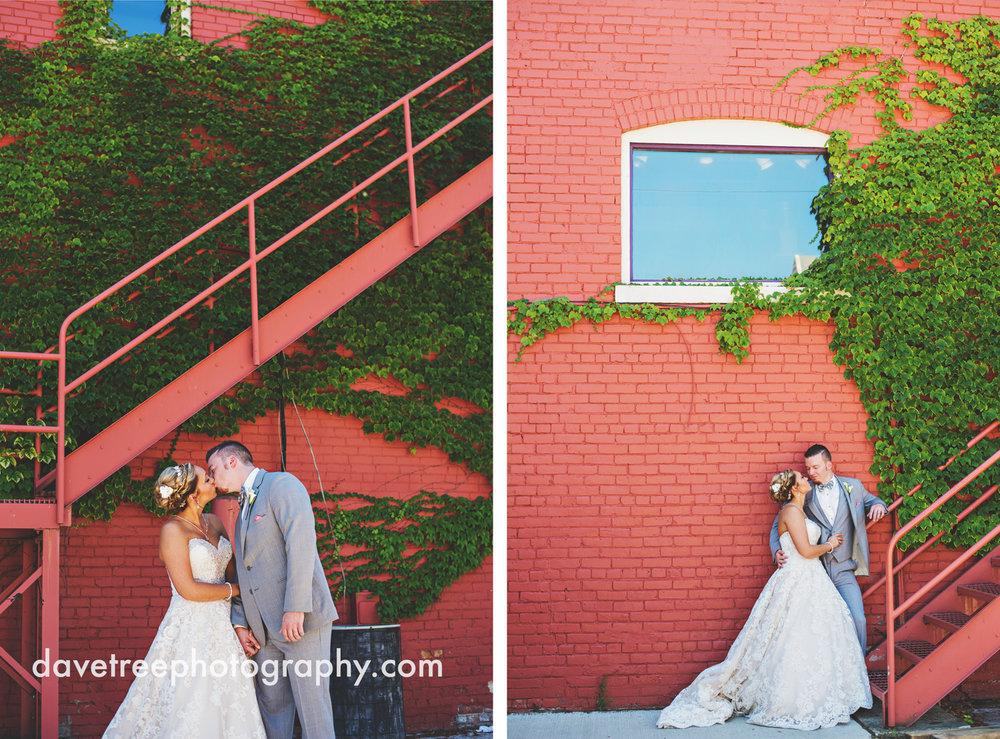 veranda_wedding_photographer_st_joseph_wedding_03.jpg