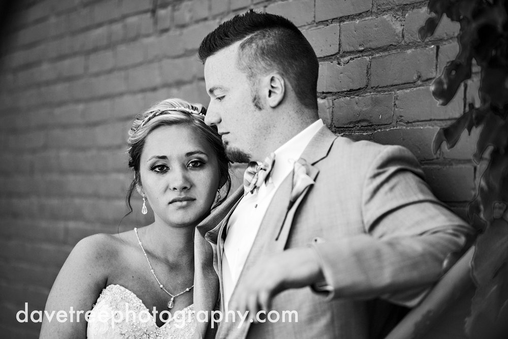 veranda_wedding_photographer_st_joseph_wedding_08.jpg