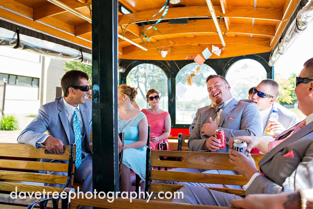 veranda_wedding_photographer_st_joseph_wedding_109.jpg