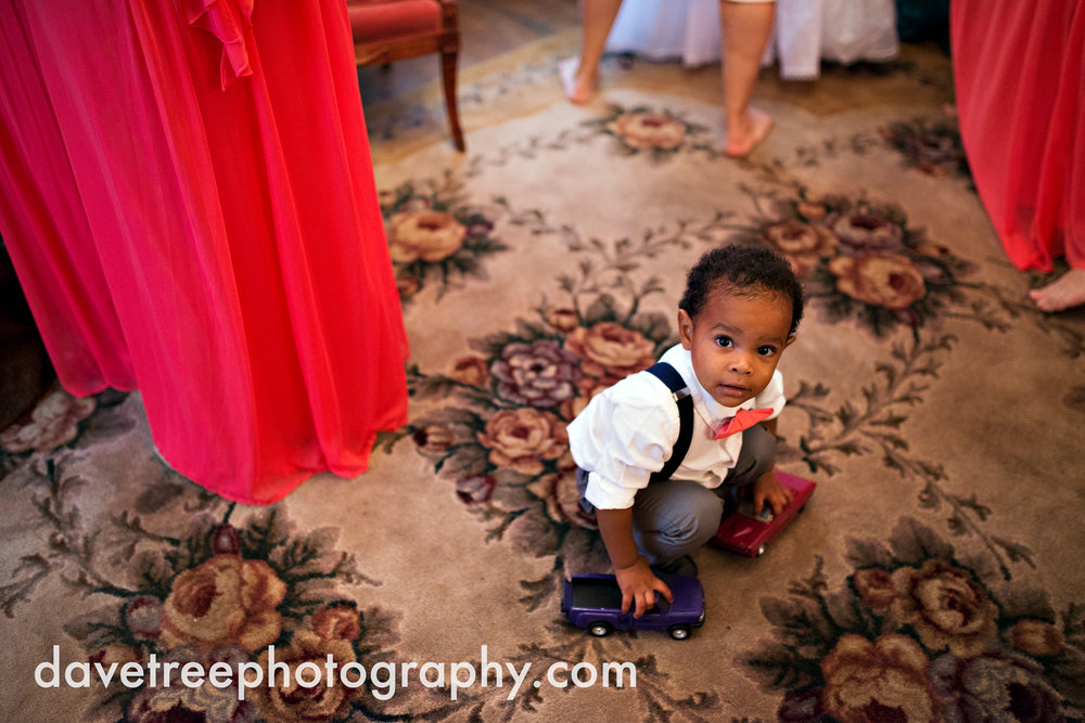 grand_haven_wedding_photographer_weaver_house_wedding_099.jpg