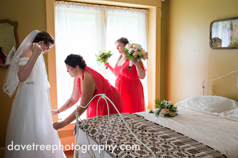 grand_haven_wedding_photographer_weaver_house_wedding_121.jpg