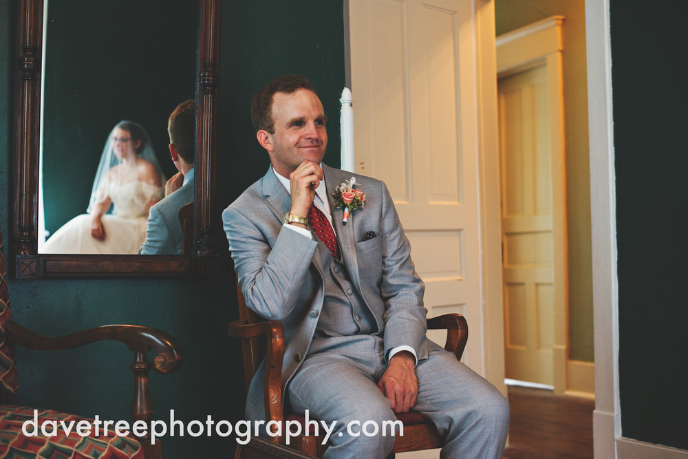 grand_haven_wedding_photographer_weaver_house_wedding_17.jpg