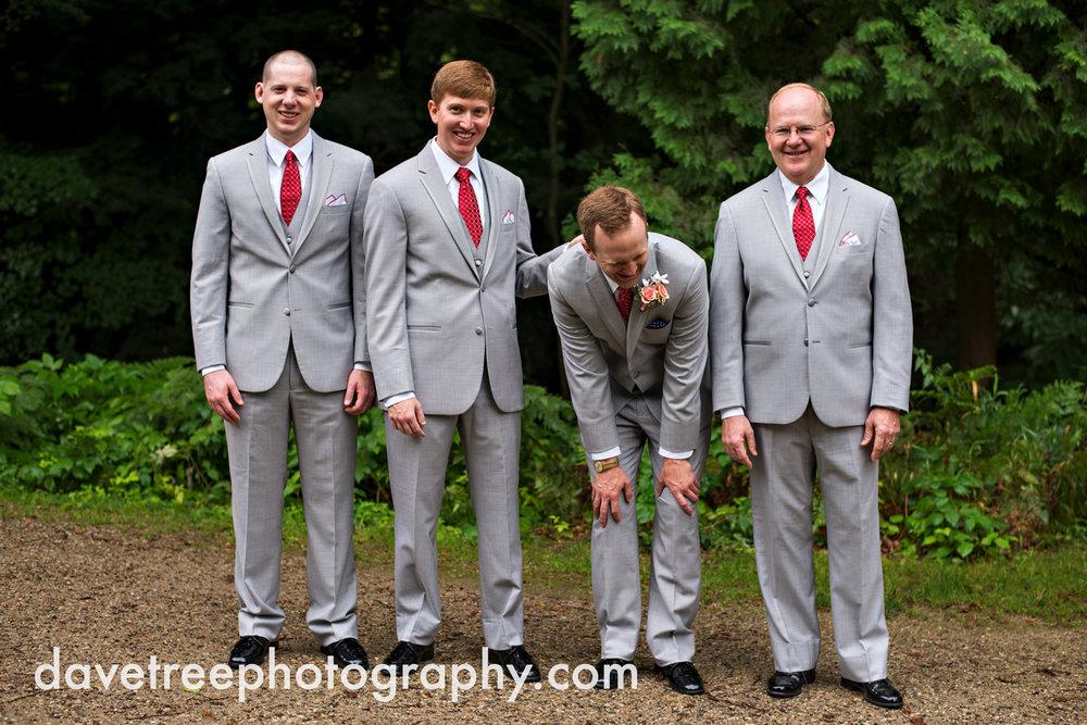 grand_haven_wedding_photographer_weaver_house_wedding_188.jpg