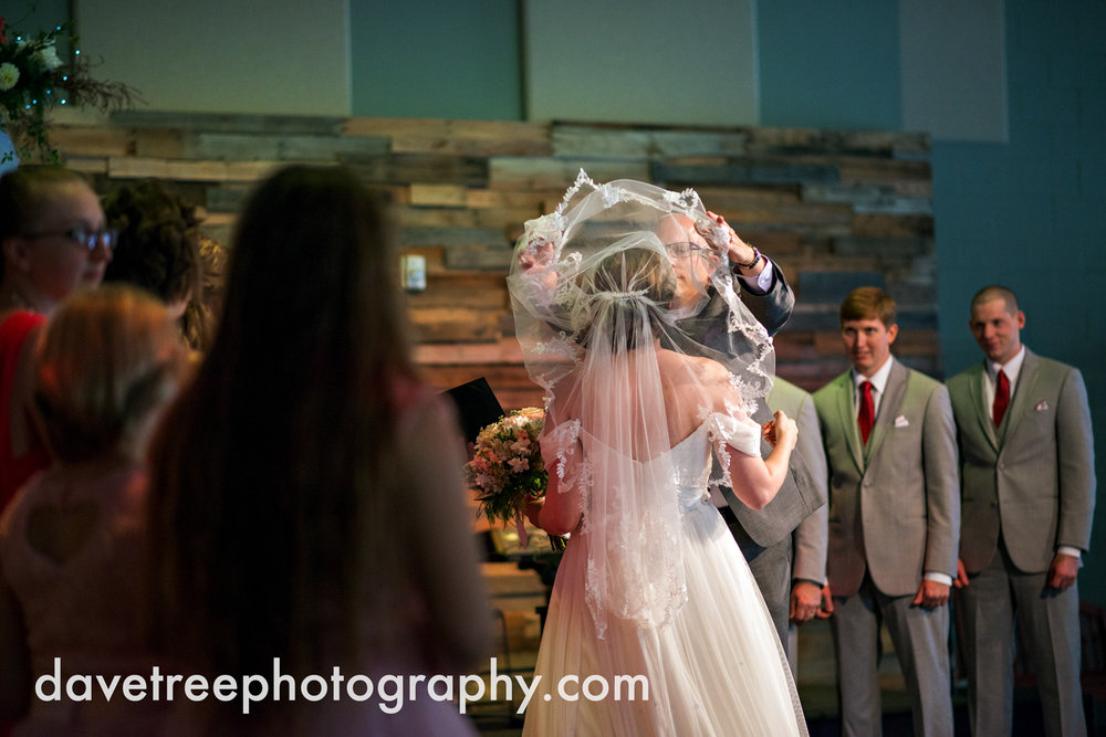 grand_haven_wedding_photographer_weaver_house_wedding_67.jpg