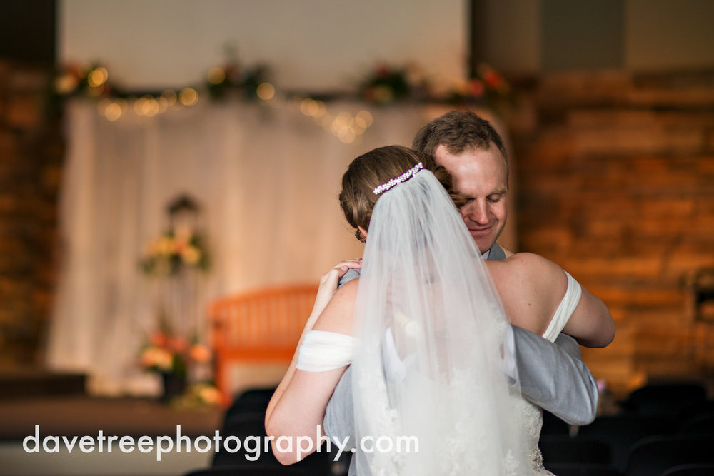 grand_haven_wedding_photographer_weaver_house_wedding_133.jpg