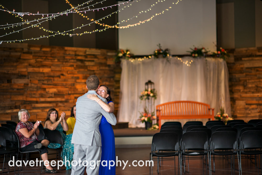 grand_haven_wedding_photographer_weaver_house_wedding_137.jpg